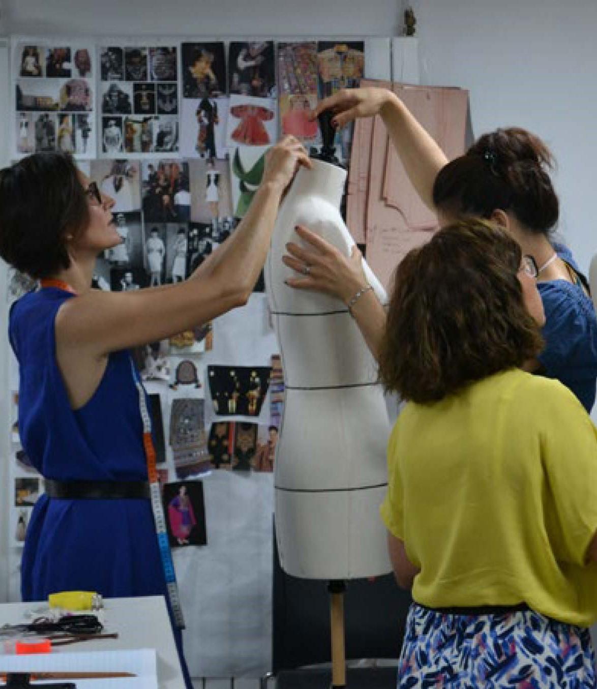 La Fabrique Nomade offre d'emploi Responsable technique Couture etmodélisme